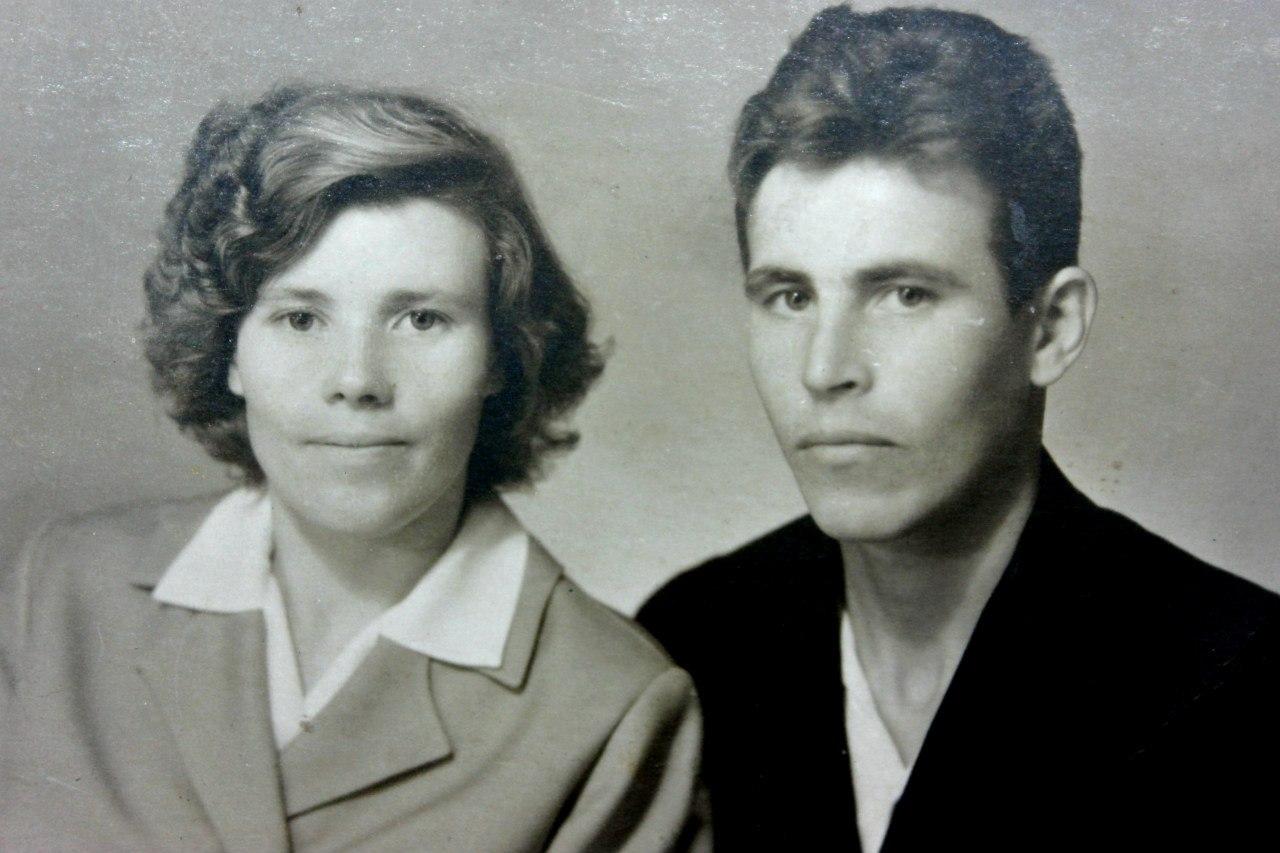 Михаил Попов с женой Марией Поповой