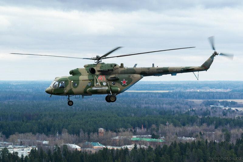 Миль Ми-8МТВ-5 (RF-24776 / 41 красный) ВКС России 067_D800274