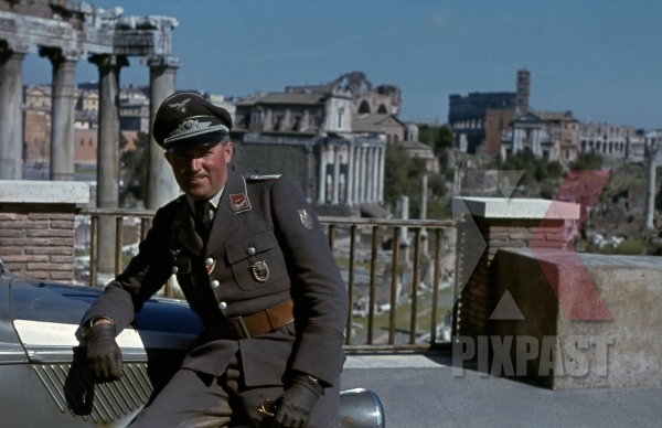 stock-photo-luftwaffe-flak-officer-with-krim-shield-of-the-leichte-flak-abteilung-99-mot-in-rome-italy-1944-with-staff-car-12879.jpg