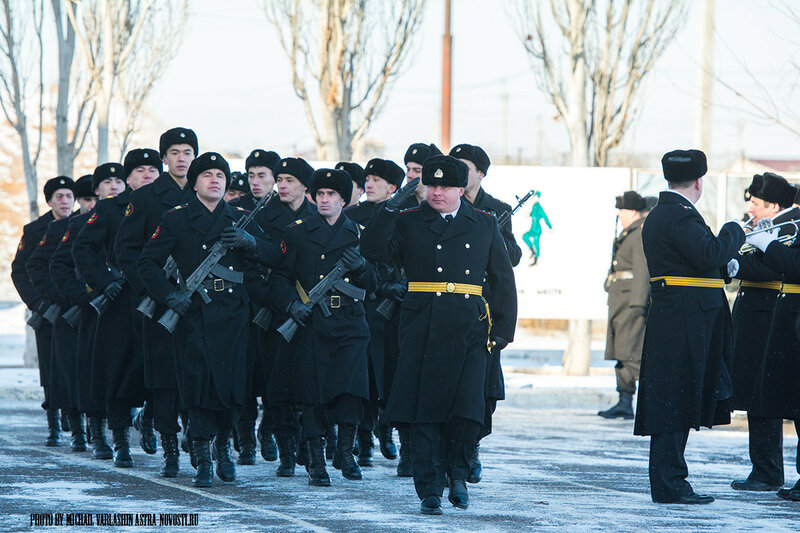 В Астрахани вручили Боевое знамя нового образца батальону морской пехоты