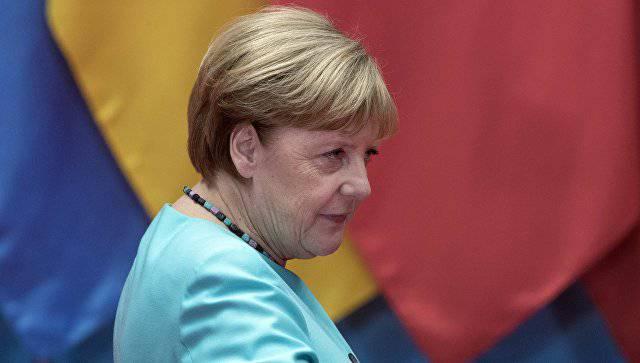 Меркель обсудила с Трампом тему Украины и минского процесса