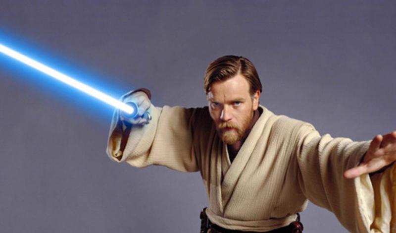 Люк Скайуокер Согласно канону, Люк сам строит свое новое оружие. Изначально предполагалось, что цвет