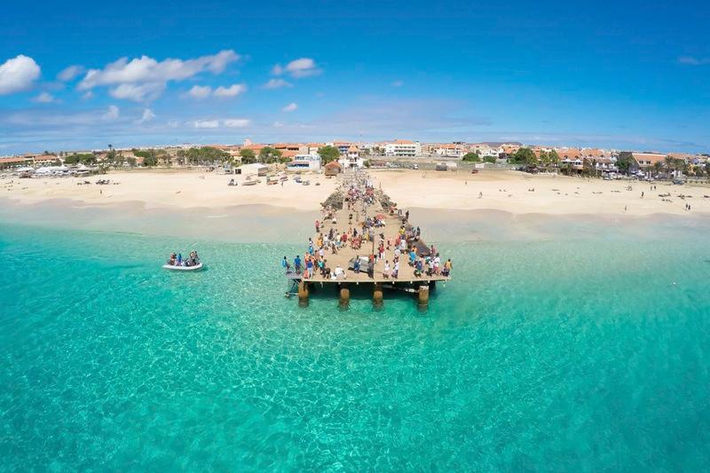 22. Прая-де-Санта-Мария, остров Сал, Кабо-Верде. Лучшее время для посещения: круглый год.