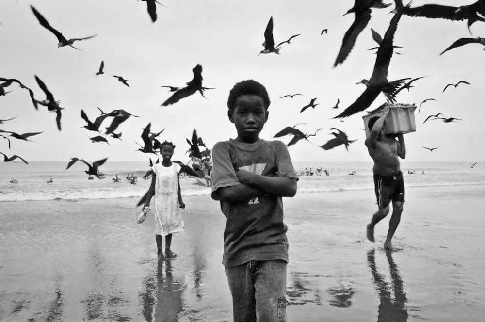20 черно-белых кадров, в которых фотографы оставили частичку души