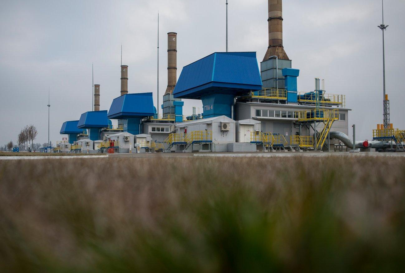 При этом мощность станции — 38 млн кубических метров газа в сутки. Для понимания, этого объема хвати