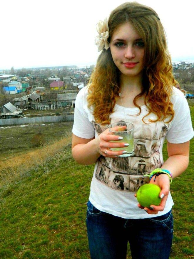 Юная пятнадцатилетняя Юлия