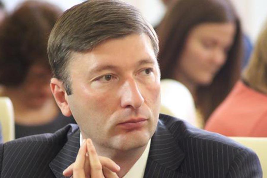 Киев затеял политическое шулерство вКрыму