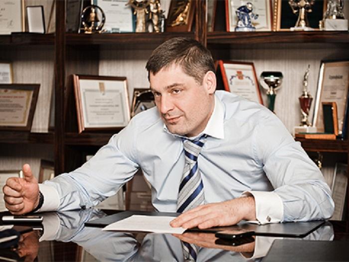 Стало известно, почему Шишханов уходит споста председателя правления Бинбанка