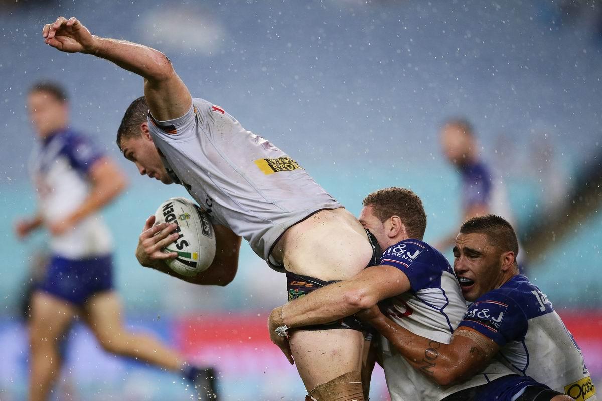 Смертельной хваткой за полуголую задницу: Регби по австралийски