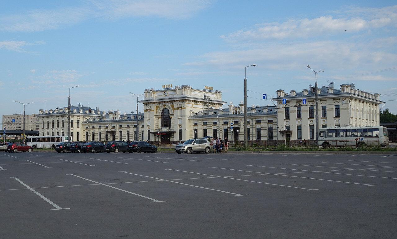 ЖД вокзал обновленный
