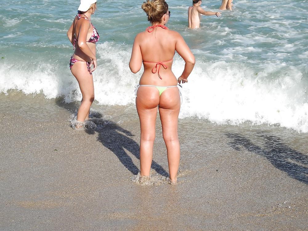 скрытое фото попок на пляже