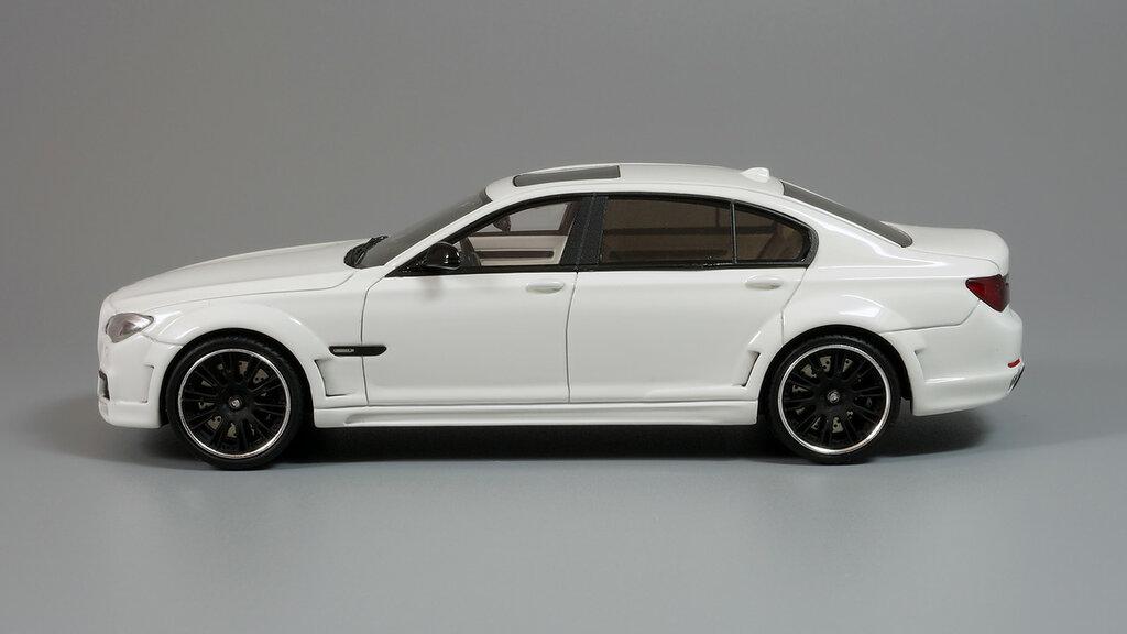 BMW_CLR_750_04.jpg