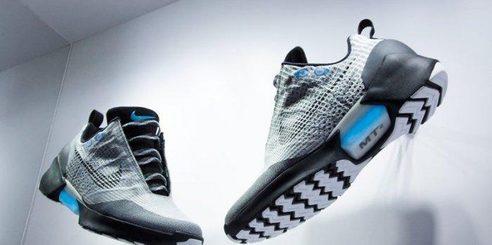 Итак, готовы? Кроссовки Nike HyperAdapt 1.0 появятся в продаже с 28 ноября 2016 года. Правда, пока п