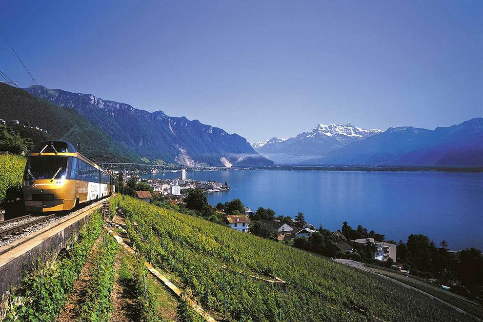 Glacier Express (Швейцария) Маршрут: Церматт — Бриг — Андерматт — Кур — Санкт-Мориц Время в пут