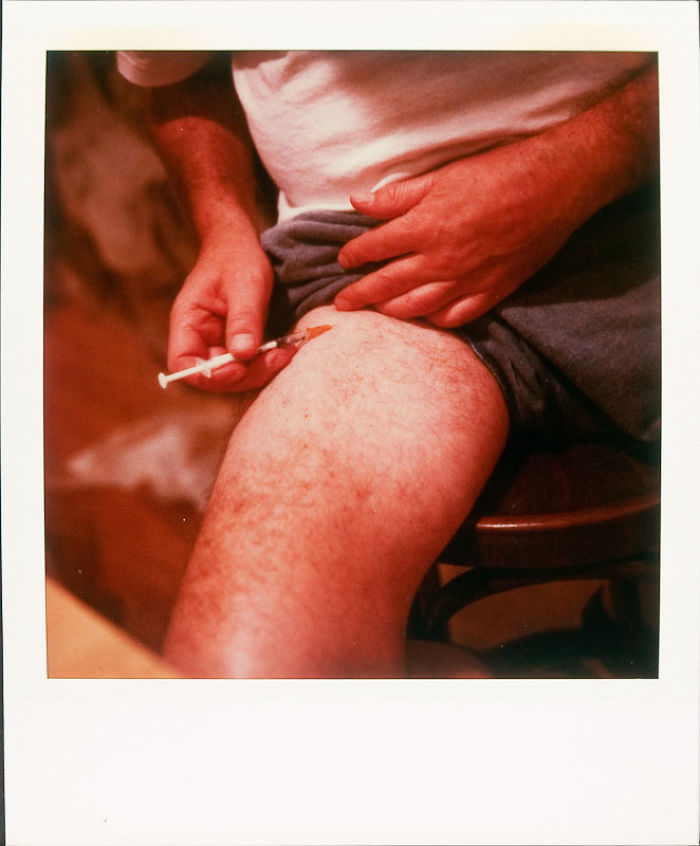 24 июня 1997 года: лекарства стали обыденностью в его жизни.