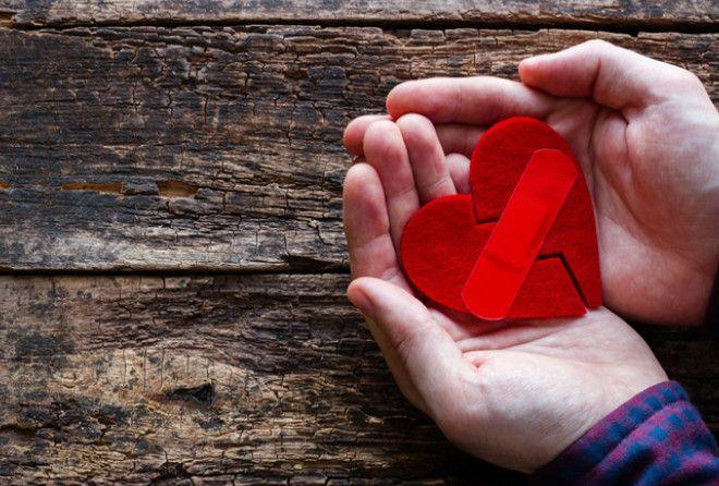 Говорят, что когда наше сердце разбивают, мы становимся мудрее и лучше понимаем других людей. Но как