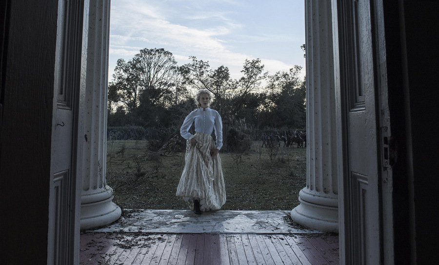 Фильм Йоргоса Лантимоса жесток, его персонажи часто поступают странно, а история может показаться ди