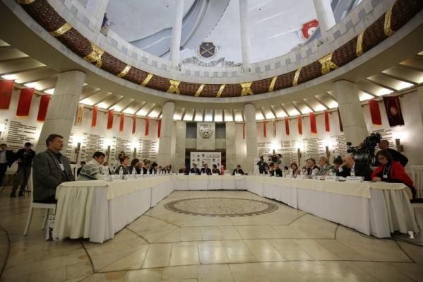 ВВолгограде стартовала конференция, приуроченная к Сталинградской борьбе
