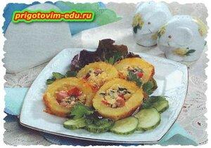 Картофельные трубочки с колбасой