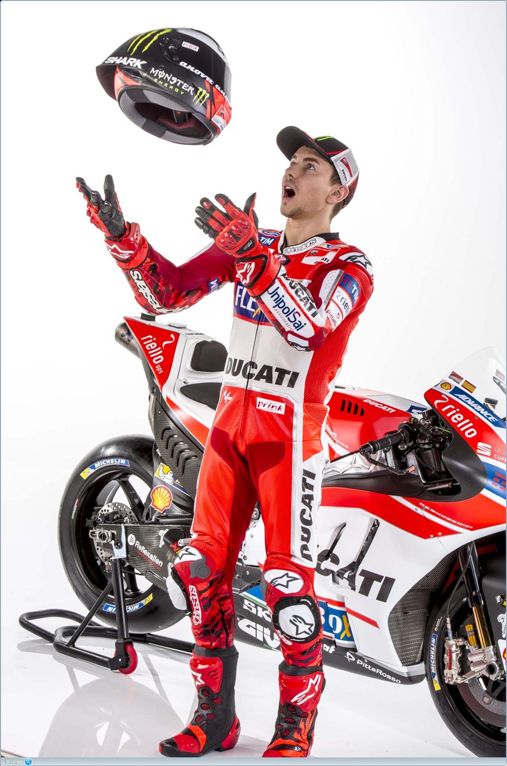 Качественные фотографии презентации команды Ducati Corse MotoGP 2017