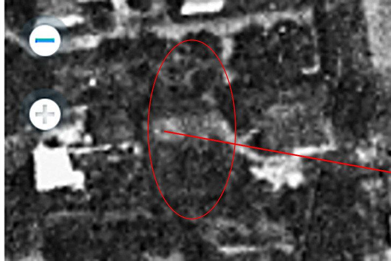 Спутниковый снимок Омска 1966 года колесо обозрения в городском саду.jpg
