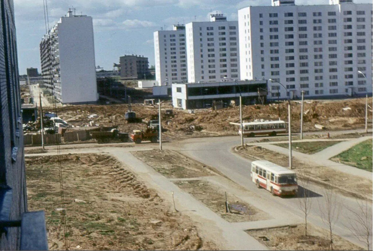 1974. Перекресток Россошанской улицы и Россошанского проезда