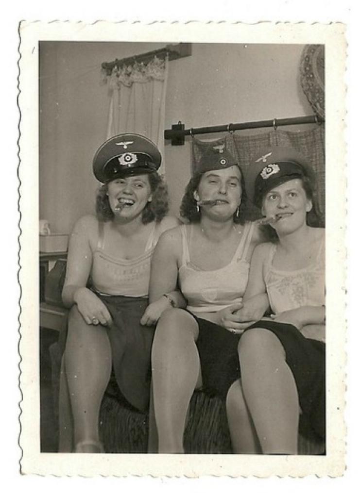 Фашистские проститутки индивидуалки театральная