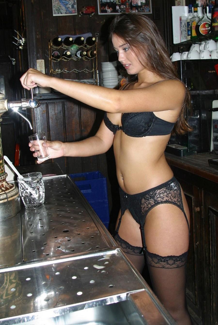Sexy Bartender Babes