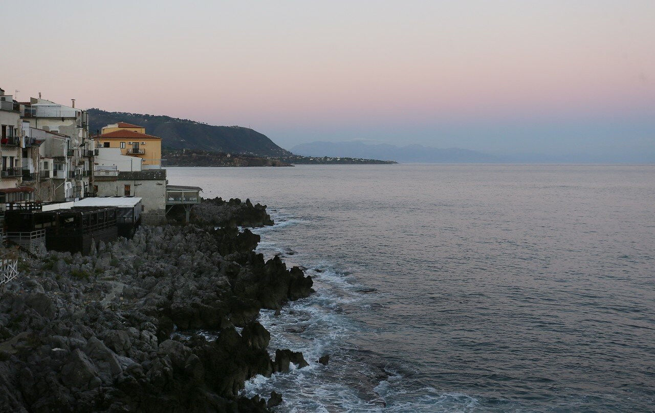 Чефалу. Рассвет на море