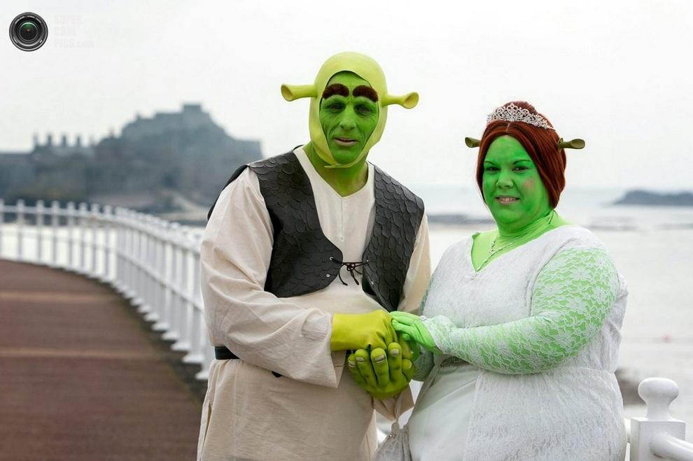 Свадебное фото Пола и Хайди. Представьте реакцию их внуков! (SWNS)