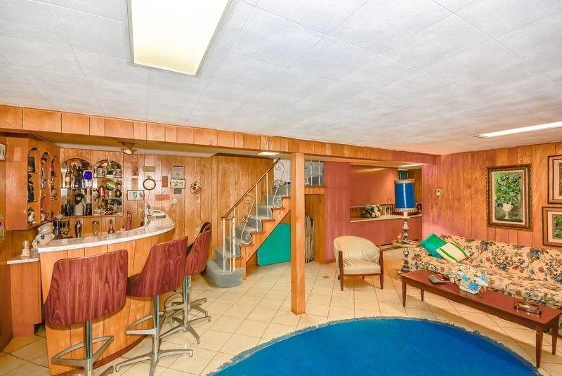13. Нулевой этаж Традиционно в домах такого типа предусмотрен подвал. Каждый распоряжался им по-свое