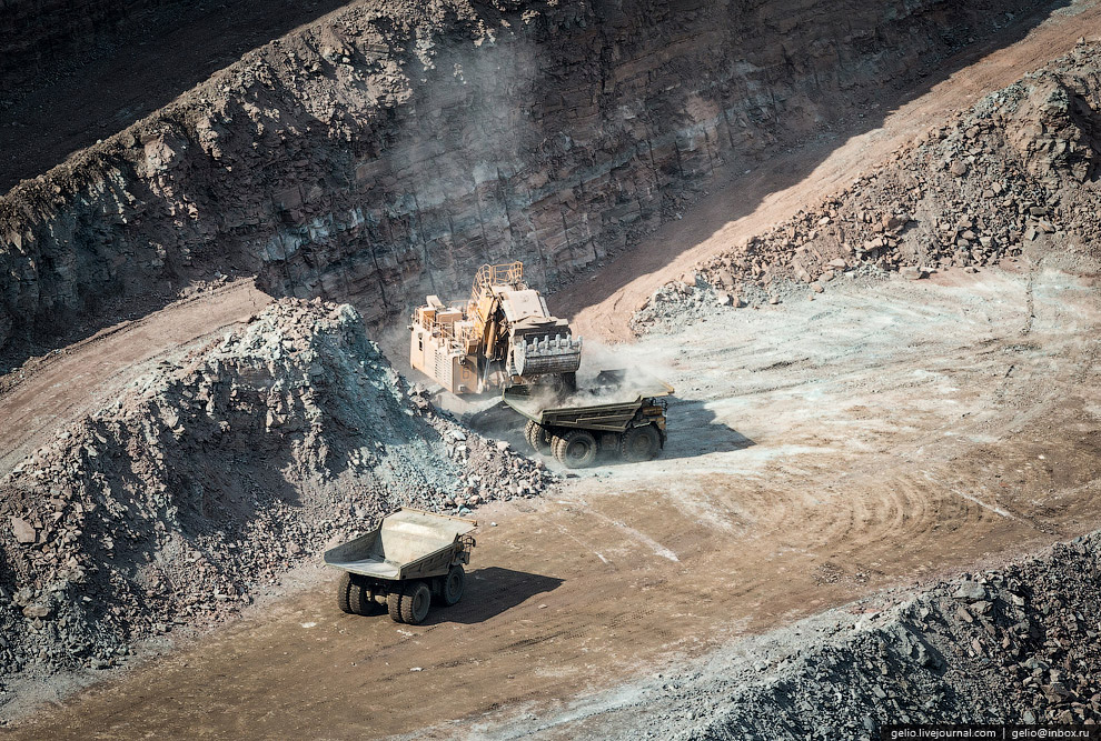 Объем добычи алмазов в 2013 году составил 6,5 млн. карат.