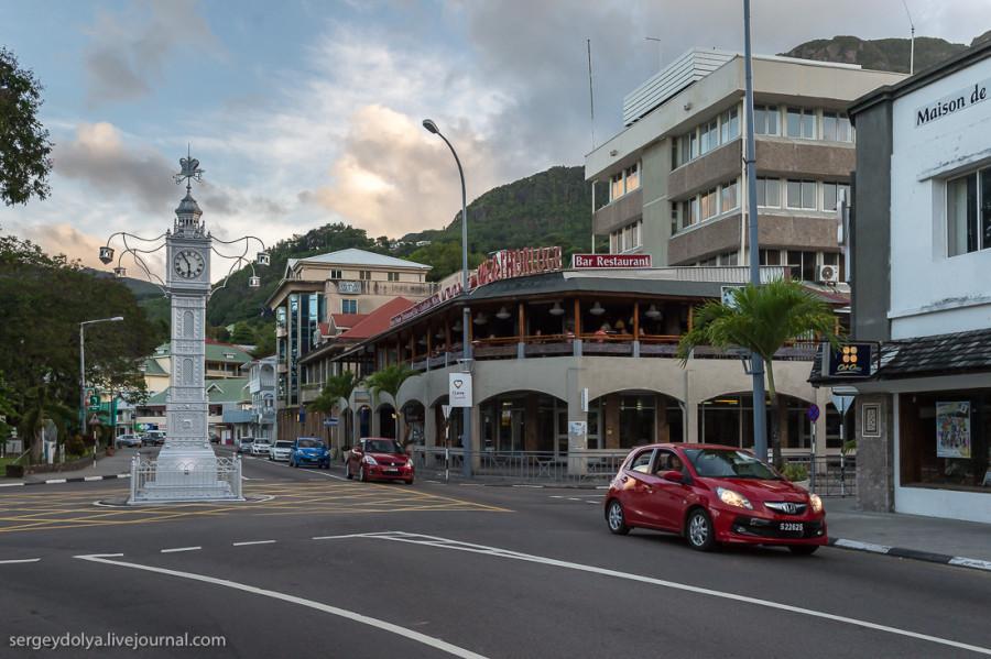 Виктория. Единственный город на Сейшелах (27 фото)