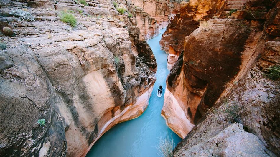 1. Устье реки Хавасу в Аризоне. Чуть дальше бирюзовая вода смешивается с мутным потоком реки Колорад
