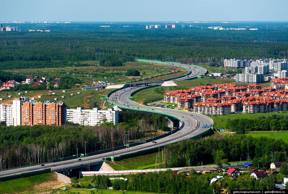 29. Территория Одинцовского района продолжает активно застраиваться. По итогам 2015 года на каж