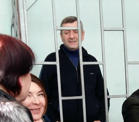 Суд вКрыму оставил зампредседателя Меджлиса Чийгоза под арестом