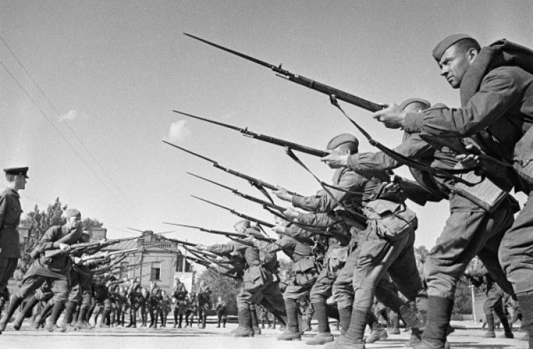 Польские вандалы похитили памятную доску советским воинам-освободителям