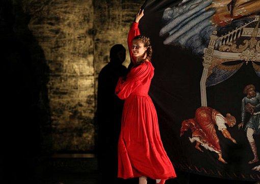 Повсей РФ пройдут показы спектаклей проекта «Золотая маска вкино»