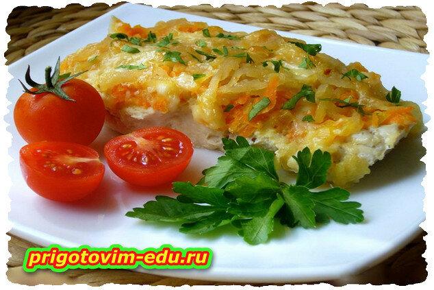 Жареная треска с помидорами и соусом «Песто»
