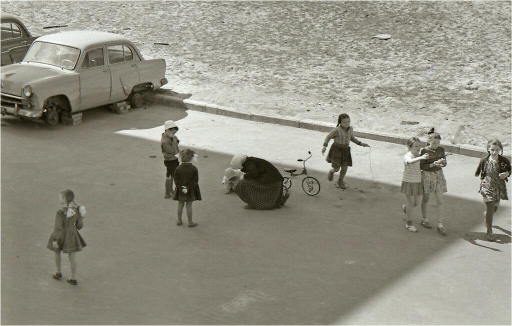 Москва, ул. Гримау, 24.  1960.jpg