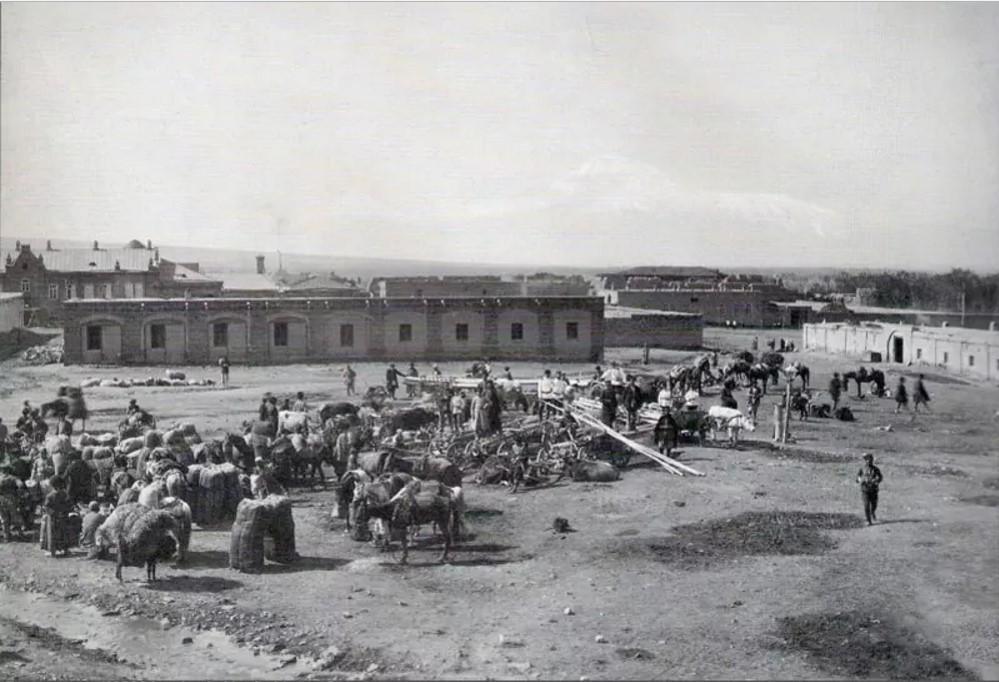 Крепостной базар