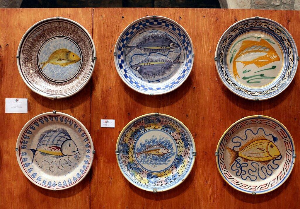 Taormina. The Museum of popular arts and traditions (Museo Siciliano di Arte e Tradizioni Popolari). Collection of dishes