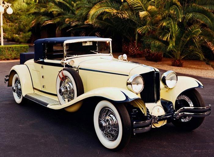 Для богатых людей ретро-автомобили — это предметы роскоши. Для малоимущих же старые авто - это п