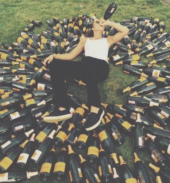 Люди, которые перебрали с алкоголем