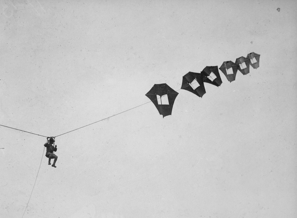 9. Самолет с ракетами времен Первой мировой. (Фото National World War I Museum, Kansas City, Mi