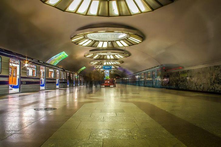 Станция «Буюк Ипак Йули»