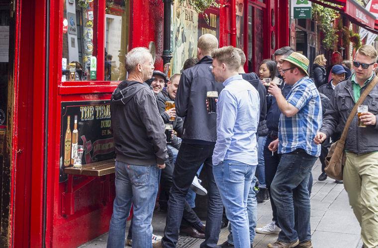 Культура употребления пивных напитков в Ирландии занимает почетный пьедестал — вечер нельзя назв