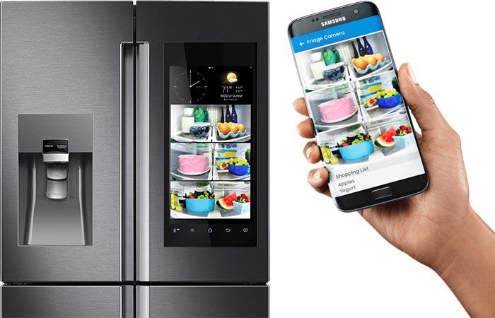 Новый «семейный» холодильник, который расскажет о том, каких именно продуктов не хватает в доме (4 фото)