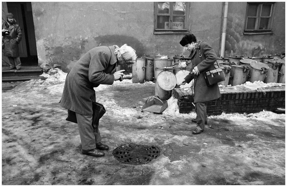Стремление Безукладникова стать «хранителем времени» отобразилось в его работах 80-х годов. Время в