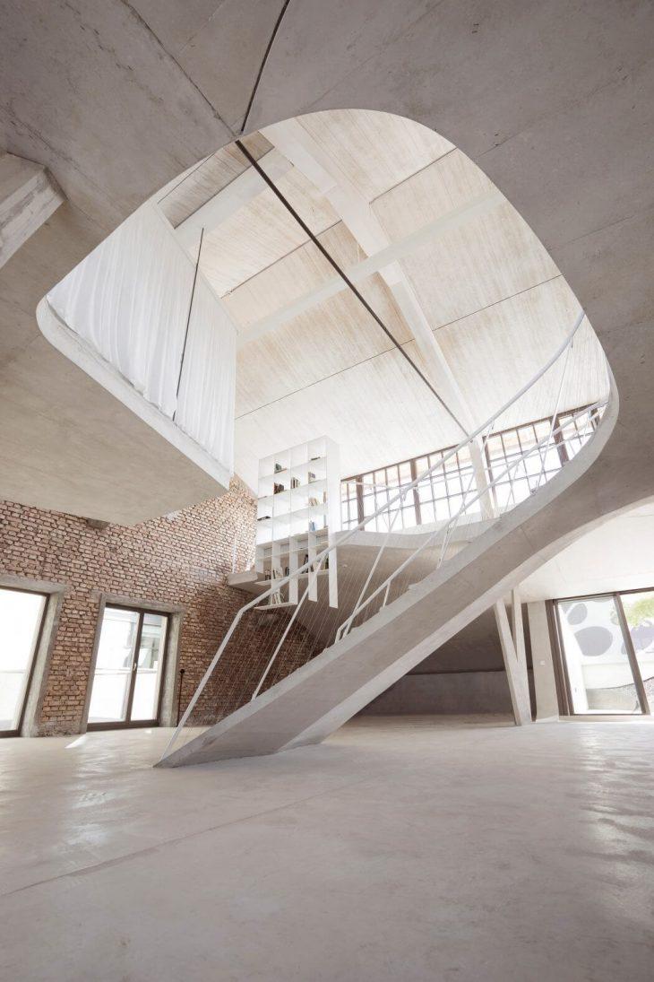 Loft Panzerhalle by Smartvoll